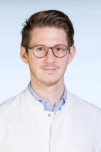 Dr. Dr. med. Ben Kappel, Assistenzarzt und Arbeitsgruppenleiter in der Medizinischen Klinik I