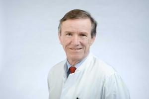 Univ.-Prof. Dr. med. Jürgen Floege, Direktor der Klinik für Nieren- und Hochdruckkrankheiten, rheumatologische und immunologische Erkrankungen an der Uniklinik RWTH Aachen