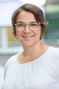 Projektleiterin Prof. Dr. rer. medic. Carina Benstöm, M.Sc. freut sich über die Auszeichnung mit dem Horizon Impact Award.